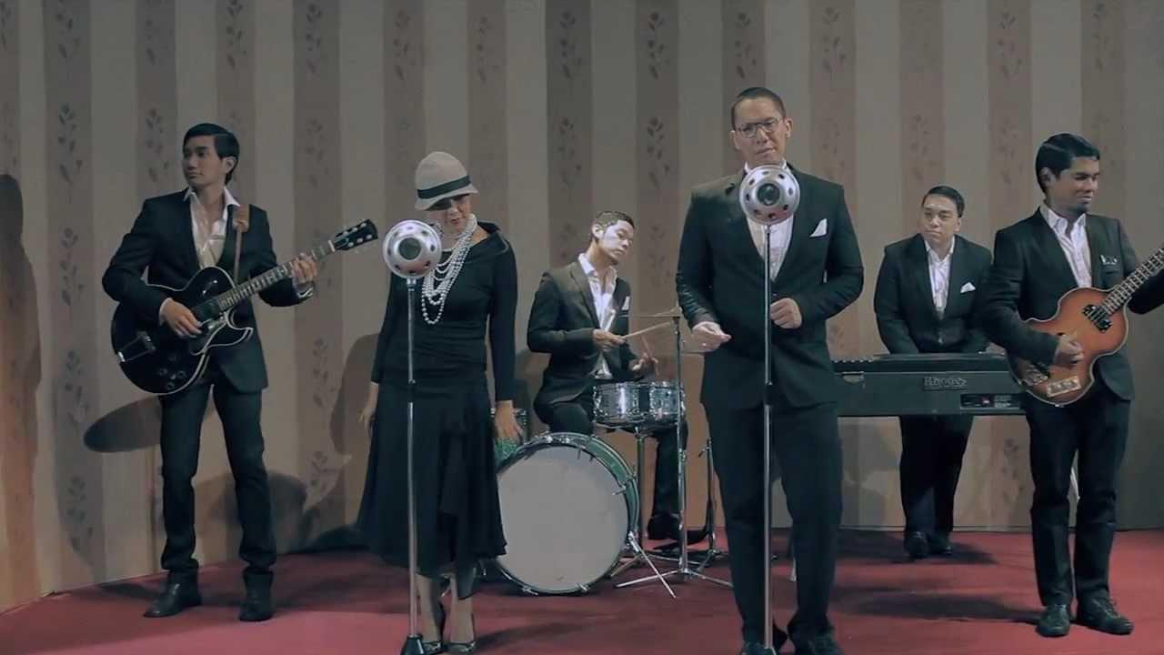 maliq-dessentials-menari-2011-official-music-video-gentanaproduction