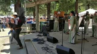 Mariachi Estelar at the Garlic Festival.