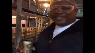 E-40 - Fresh Off The Assembly Line With His New Brand E-40 Beer