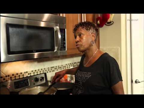 January 11, 2014 - NBA Inside Stuff - Ray Allen's Mom Cooks Dinner for the Miami Heat (NBATV)