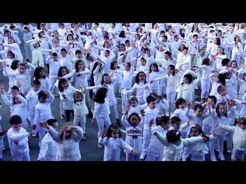 ORQUESTA OLYMPUS- LOS NIÑOS QUEREMOS LA PAZ (videoclip Oficial)
