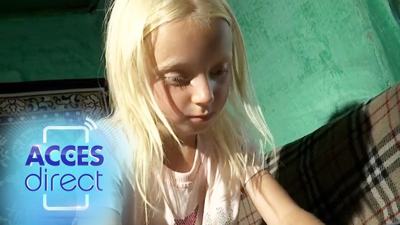 O fetiță de șapte ani a fost părăsită de mamă! Copila și frățiorul ei sunt crescuți doar de tată