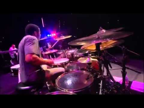 Ronald Bruner Jr amazing drum solo