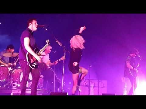 Paramore - Hard Times-  Tour Three - Barcelona 07.01.18(10)