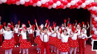 Repeat youtube video İncirlik Ahmet Hamdi Tanpınar İlköğretim Okulu - 2B Sınıfı 23 Nisan Gösterisi