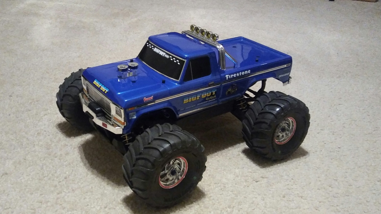 traxxas rc monster truck with Watch on 1 10 Scale Rc Truck Bodies 2190 further Electric Rc Cars in addition 46027 Project Jfr Trophy Truck 1 10 A furthermore ments additionally Watch.