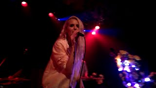 Kyla La Grange - Cut Your Teeth (Kygo Remix) (Live@Debaser Medis)