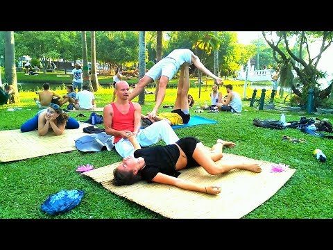 Yoga Stretch Massage in Chiang Mai