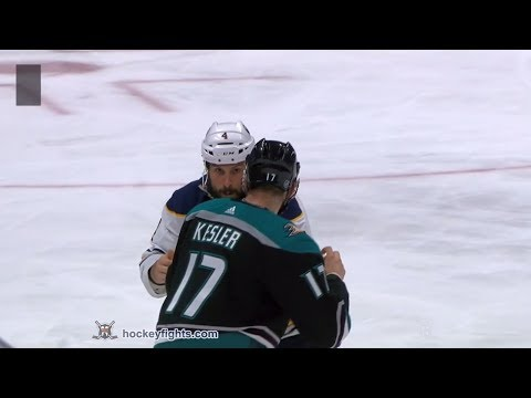 Zach Bogosian vs Ryan Kesler Oct 21, 2018