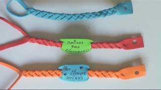 Repeat youtube video Manualidades para regalar - pulseras de goma eva - Manualidades para todos