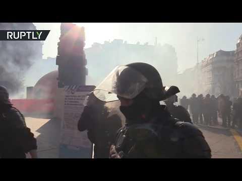 RT: Week 45: Yellow Vests tear-gassed in Paris