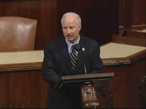 Coffman addresses House before vote on his bill to pay the troops