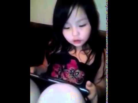 Девушки хулиганят - Голые и смешные смотреть видео прикол