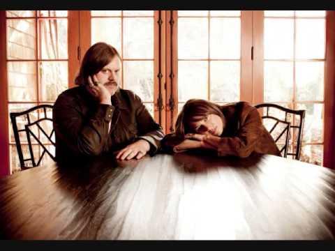 Matthew Sweet & Susanna Hoffs - I've Seen All Good People/Your Move