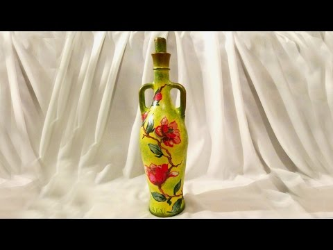 Декупаж стеклянной бутылки своими руками