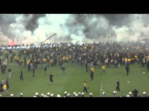 Riot After AEK Victory vs. Atromitos FC Greek Cup 2011