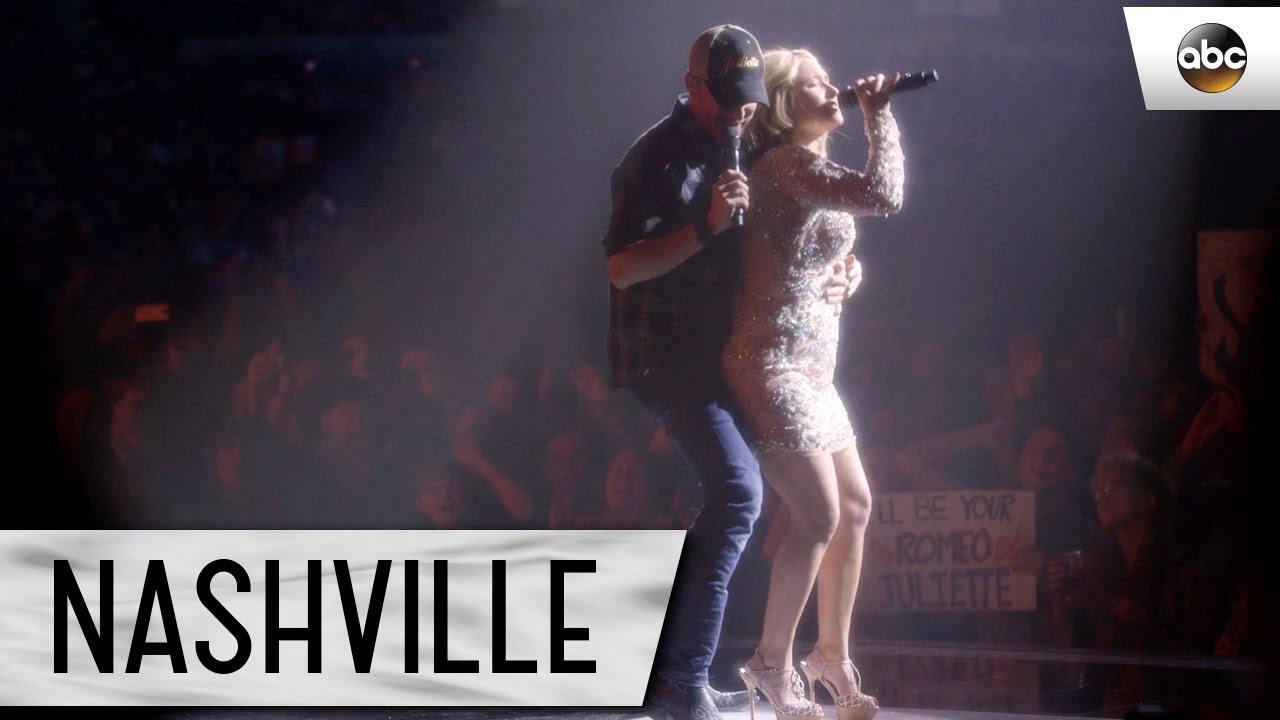 """Download Hayden Panettiere (Juliette) and Will Chase (Luke) Sing """"Boomtown"""" - Nashville"""