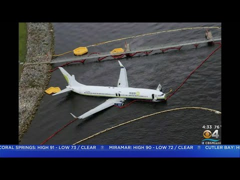 Aviation Blog - Jay Ratliff - Miami Air Plane Skids On Runway In Jacksonville