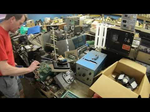 Vintage Electronics Shop Going Out Of Business