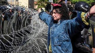 Армяне протестуют против плана экс-президента остаться у власти