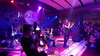 Bụi Gió - Trái Tim Bên Lề (Live in Hard Rock Cafe)
