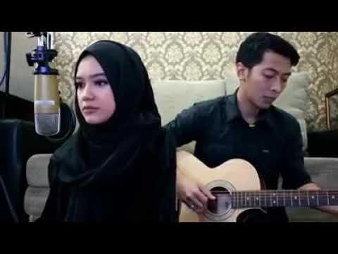 Mardua holong versi (cewek cantik ) bersuara merdu