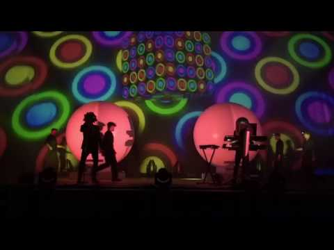 Pet Shop Boys - The Pop Kids / In the Night (Inner Sanctum live at the Royal Opera House)
