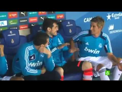 FUNNY !!Fabio Coentrao  went to the bench without being convoked !! @