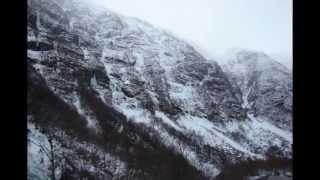 Маленькое путешествие в Норвегию (Хемседал, Берген, Осло)(Прошло три месяца и мы опять отправились в Норвегию - и хотя Хафьель покорил нас компактностью, благоустрое..., 2013-04-13T09:14:02.000Z)