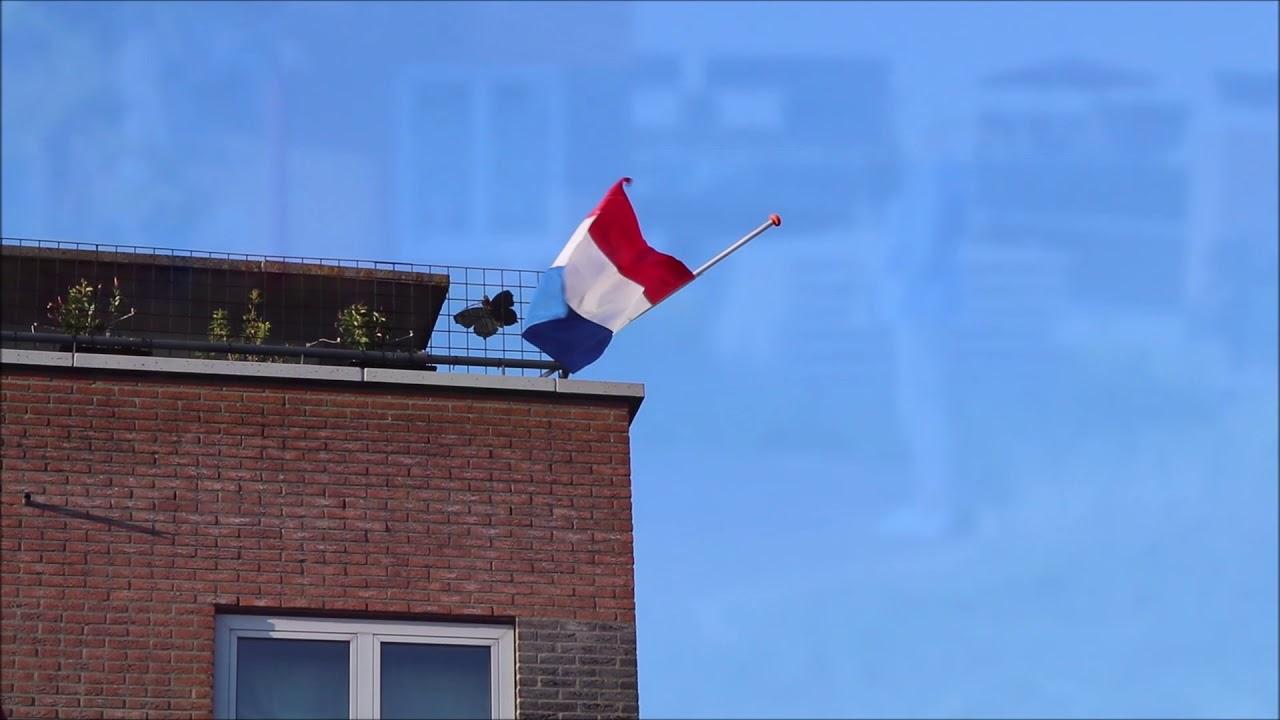 Dodenherdenking 2020 binnentuin Robijnstaete Noordwijkerhout