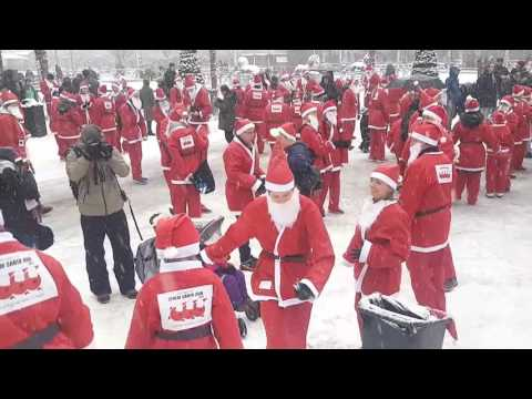 Santa run. Stockholm 2016. Mobile video