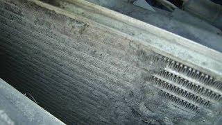 видео Система охлаждения Рено Сандеро: датчик температуры охлаждающей жидкости, радиатор и замена фреона