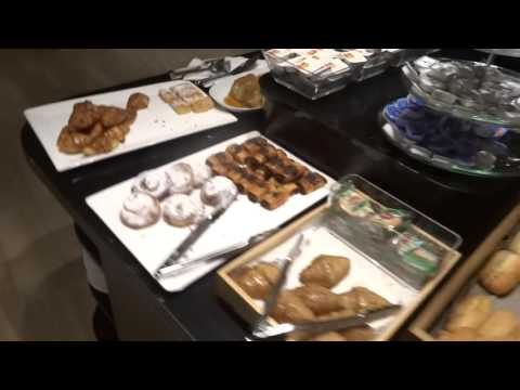 Hotel: Hotel Conqueridor Valencia Spain **** Restaurant and Breakfast Buffet (HotelRooms)