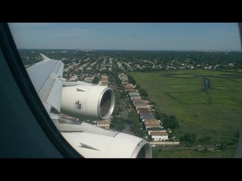 Air France Airbus A380-800 Landing + Taxi to Gate at New York John F. Kennedy International Airport