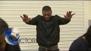 Ex-gang members turn to religion and away from crime - BBC News