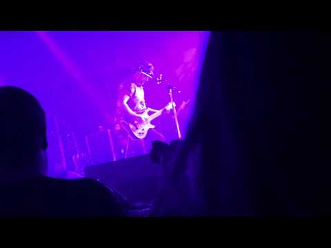 Modest Mouse - The World At Large (Providence 10-10-2017)