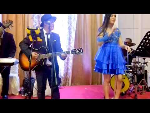 Band Akustik Jakarta # Can't Help Falling In Love--Cover # Gd.MK-Bekasi, Tgl.9-Des17 Malam#