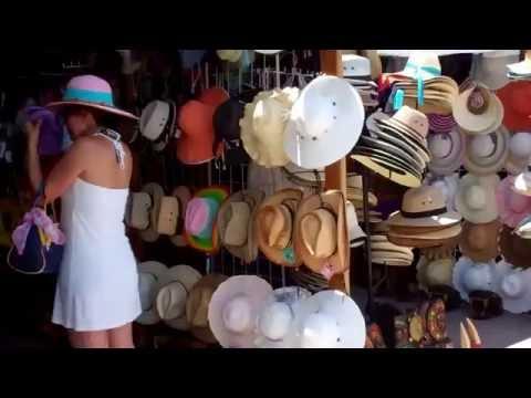 Walking Back from Tulum & Souvenir Shops - Cancun, Mexico