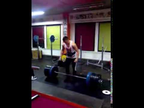 Raw deadlift 250kg bw 81,4kg