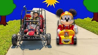 ASSISTANT with Mickey and the Roadster Racers Go Cart Racing Video