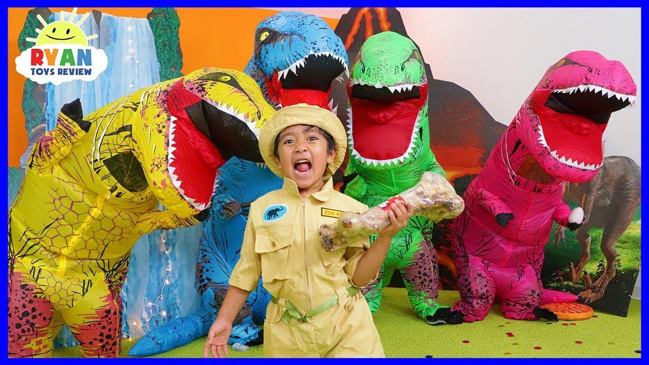 Ryan Pretend Play Rescue Jurassic World Fallen Kingdom Dinosaurs!!!
