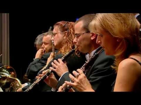 "Bohuslav Martinu: Sinfonietta ""La Jolla"""