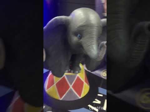 Слонёнок Дамбо