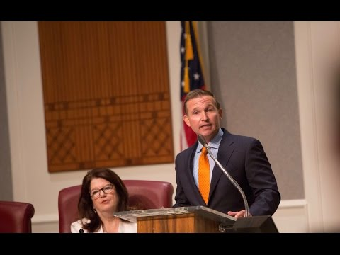 Mayor Curry Presents Budget to City Council