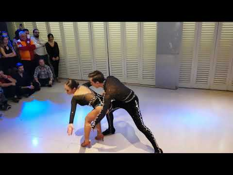 Betül Kırlı ve Can Dursun - Salsa Show - Salsa Magazin