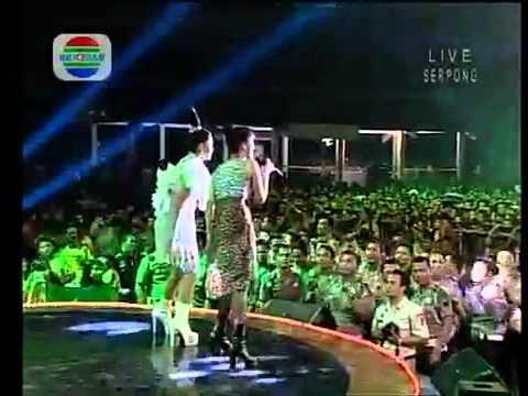 ABG TUA Vs BRONDONG TUA Fitri C+Siti B   YouTube