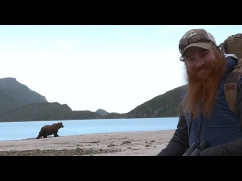 A Day in the Life of an Alaska Grizzly Guide