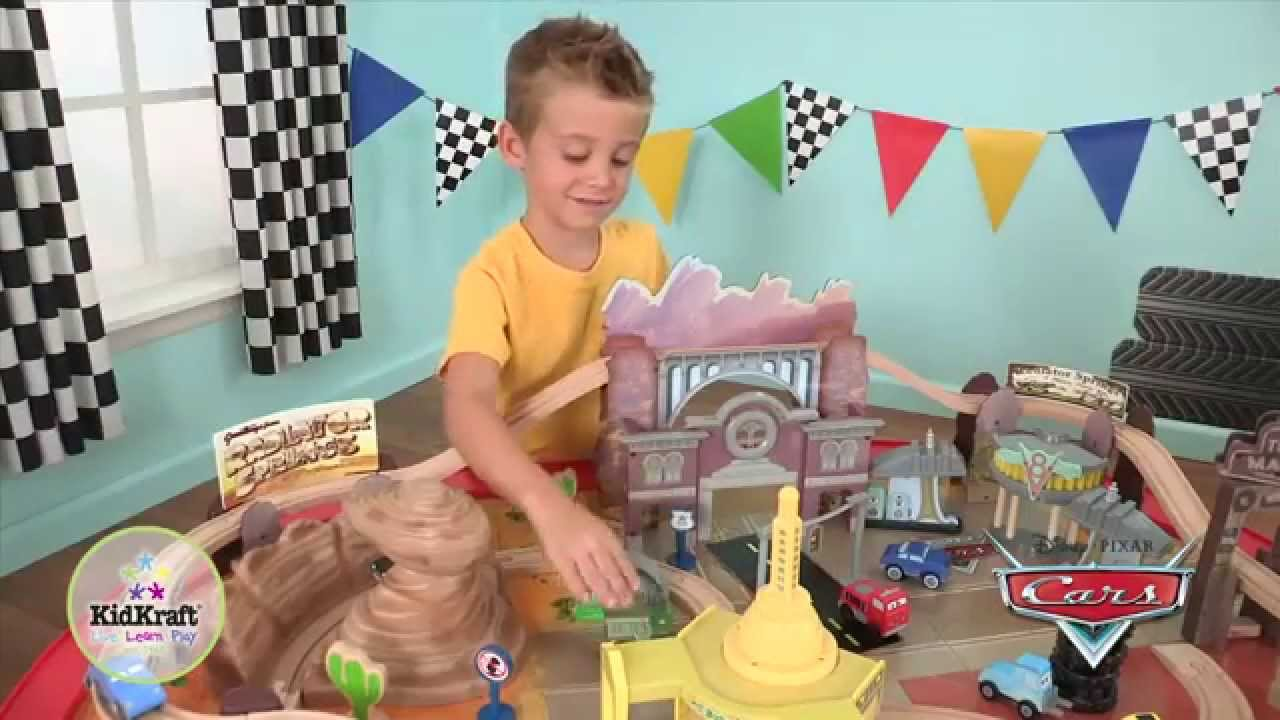 Disney Cars Radiator Springs Racetrack Set Table Youtube