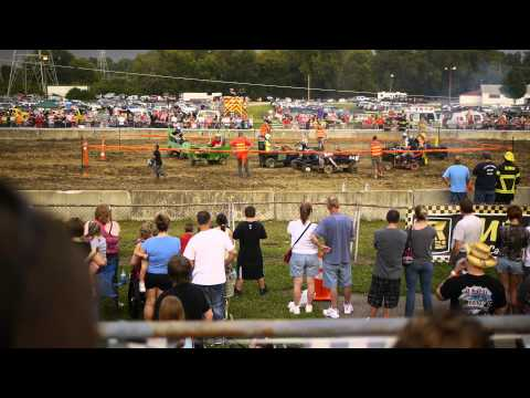 Demolition Derby Hamilton County Fair Cincinnati OH 08/10/2013 Part I