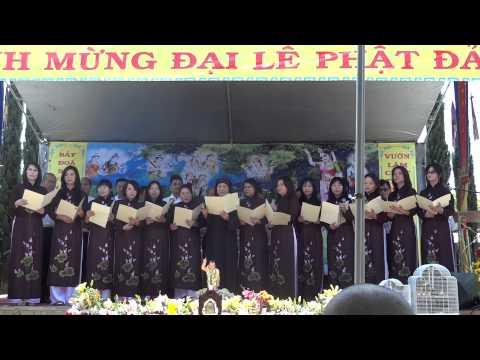 [Chua Hue Quang]Mung Le phat dan 2013: mung phat dan